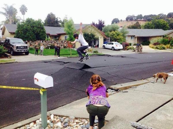 Napa, CA, lendemain du tremblement de terre du 24 août