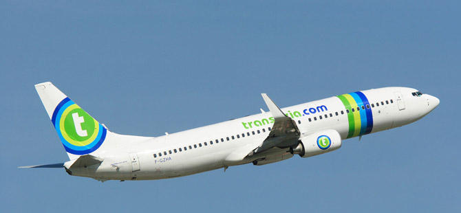 BOEING-737-TRANSAVIA_caroussel_fleet_large_new